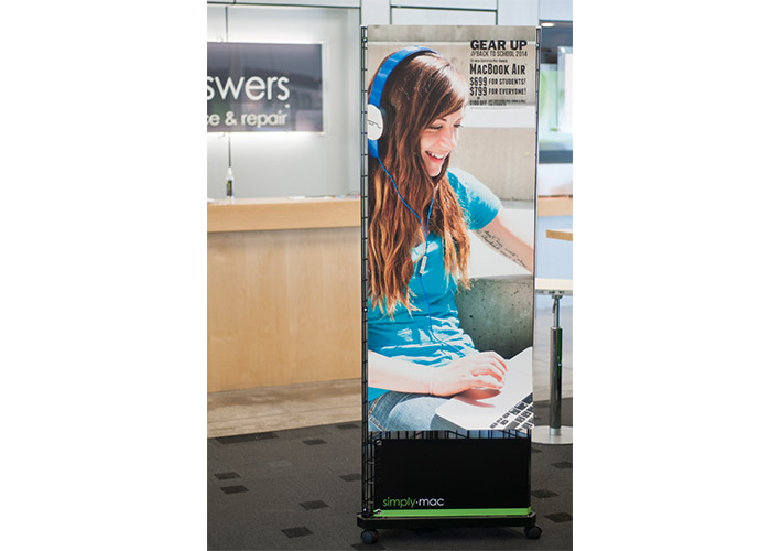 Simply Mac Back to School 2014 Retail Store Wire Rack Sign